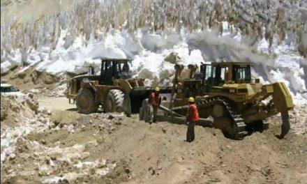 Se destapa que Barrick metió mano en la Ley de Glaciares de Chile