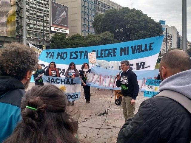 De Jáchal a Buenos Aires, en defensa de los glaciares y por el cierre de Veladero