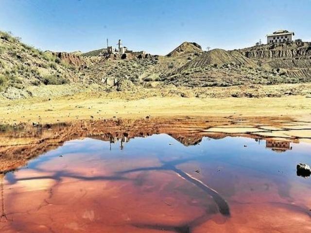 La vuelta de la minería a Mazarrón se frustra por el rechazo vecinal
