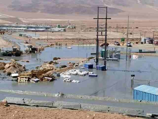 Grave derrame de relave minero de minera Collahuasi afecta a localidad de Iquique