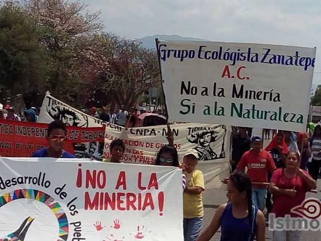 Con bonitas palabras, empresa minera intenta engañar a pobladores de Zanatepec