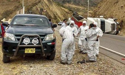 Cajamarca: vuelca camión y derrama peligroso material minero