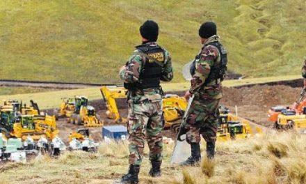 La policía peruana se hace mercenaria cobrando por brindar seguridad a mineras