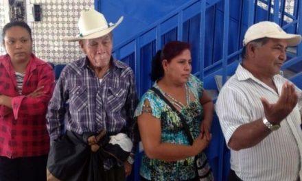 Opositores de minera que contaminó denuncias haber recibido amenazas