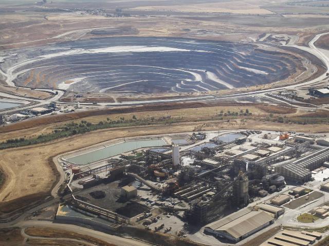 Leve condena a 3 directivos de una mina de cobre en Sevilla por contaminar un acuífero con arsénico