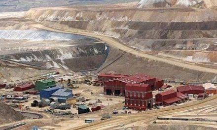 Campesinos reclaman en Lima a minera Buenaventura por daños en recursos naturales