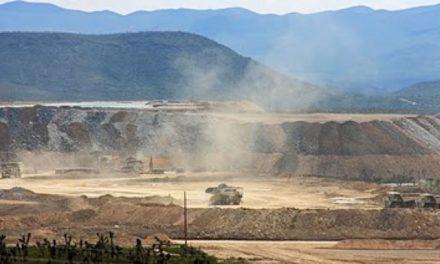 Manifestantes dicen que mantendrán bloqueo en mina mexicana Peñasquito de Goldcorp