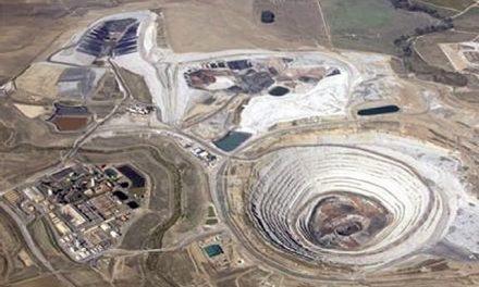 Un millón de euros de multa a la mina Las Cruces por usar agua destinada a consumo humano