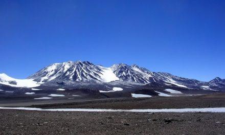 Advierten por el inicio de trabajos en una mina de litio en área protegida del Monte Pissis