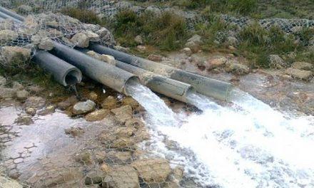 Codelco pide financiamiento al Estado para entregar agua a mineras privadas