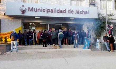 Terminó la toma de la municipalidad de Jáchal, pero la lucha crece