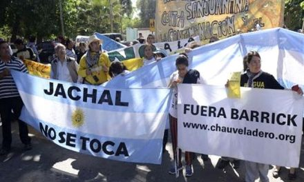 Amigos: Justicia sanjuanina autorizó que la mina de Barrick Gold siga funcionando