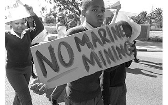 Namibia deja la puerta abierta a la minería de fosfato marina pese al riesgo económico