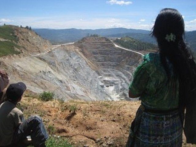 Familias de San Miguel Ixtahuacán piden resarcimiento a minera por daños