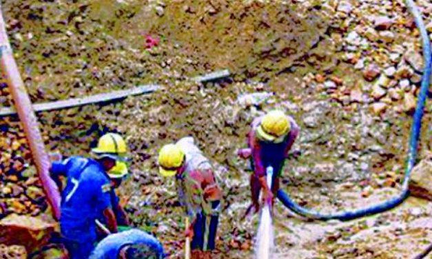 Cooperativas mineras bolivianas usan el 57% del agua que demanda la minería