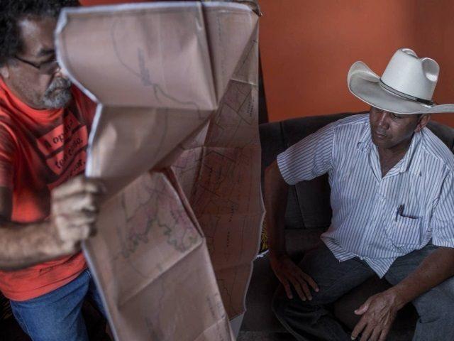 Campesinos del movimiento «Los sin tierra» desafían a un gigante minero en la Amazonia
