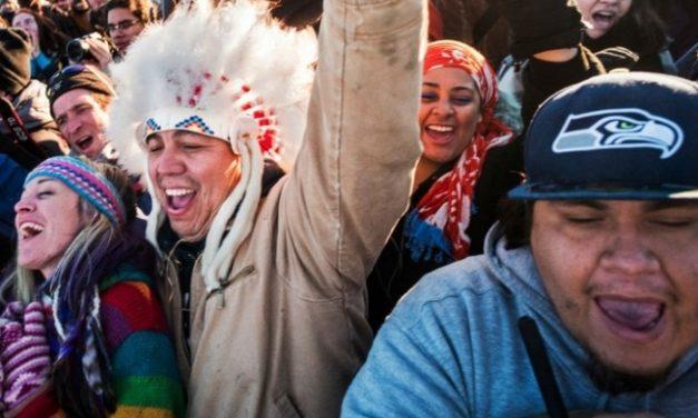 Triunfo de la resistencia indígena a la construcción de un oleoducto en Estados Unidos