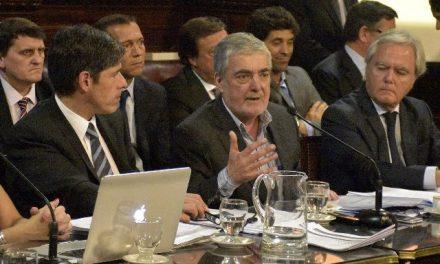 Gobernador de Chubut: «No va a haber ninguna inversión minera en la provincia»