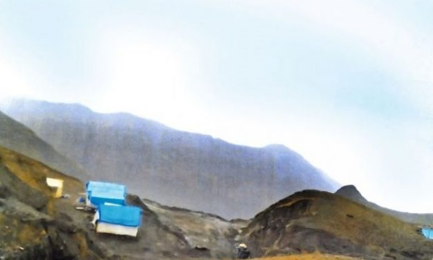 Se confirma múltiples concesiones mineras a empresa china en nevado Illimani