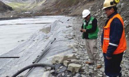 Ordenan a minera Cori Puno paralizar transporte de agua de relaves para evitar impacto negativo al río Ananea