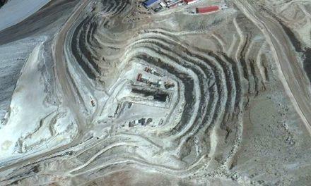 Barrick Gold anunció que cerrará el túnel que contaminó San Juan con drenajes ácidos