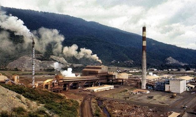 Víctimas de minera Compañia Guatmalteca de Niquel exigen justicia en tribunales