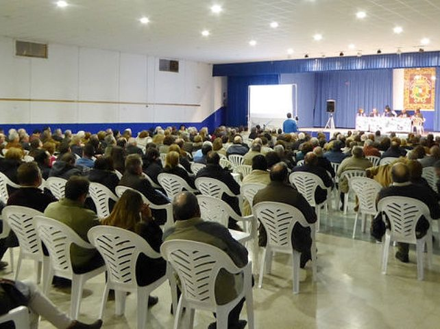 Más de 300 personas en una jornada contra la minería de tierras raras en Ciudad Real