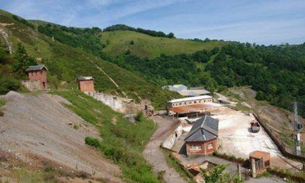 Vecinos de Muñón Cimero reclaman el cierre del perímetro de la mina de mercurio de La Soterraña