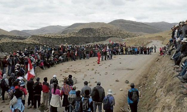 Pobladores de Coporaque acatan paro de 72 horas contra minera Hudbay
