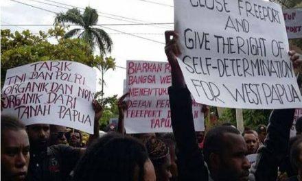 Miles de personas exigen cierre de mina de Freeport en Indonesia