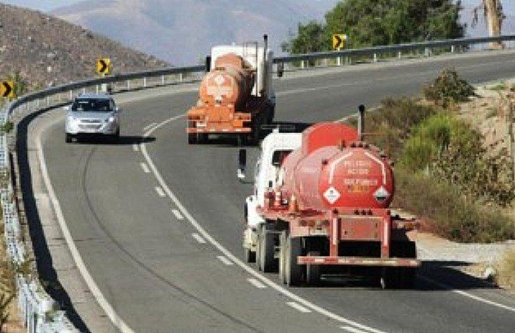 Los peligros del paso a Chile: ¿y el cianuro por la ruta?