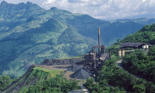 Pobladores exigen a minera Autlán que repare daños al ambiente