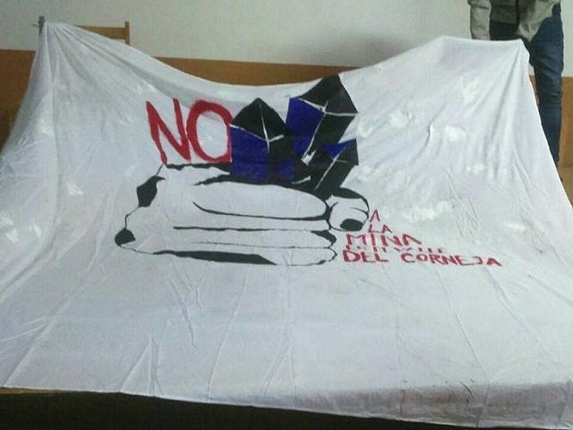 """Vecinos crean plataforma """"No a la mina en el Valle del Corneja"""" contra mina feldespato"""