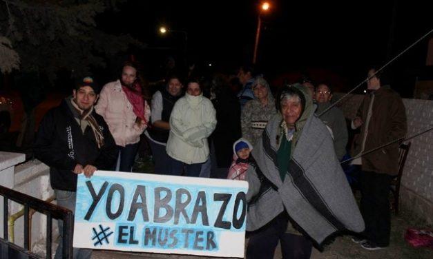 Los vecinos de Sarmiento levantaron el acampe frente al IPA y analizan respuesta oficial