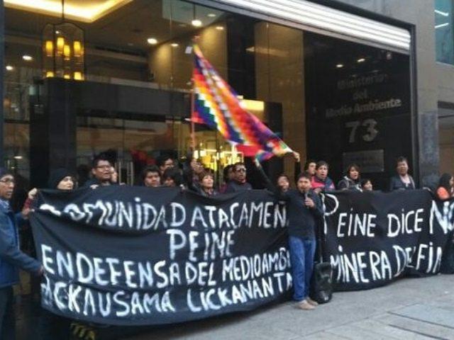 Masiva marcha en oposición a proyecto minero en Peine