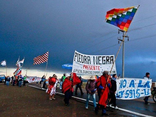 Se inició la marcha de indígenas contra la megaminería en Jujuy