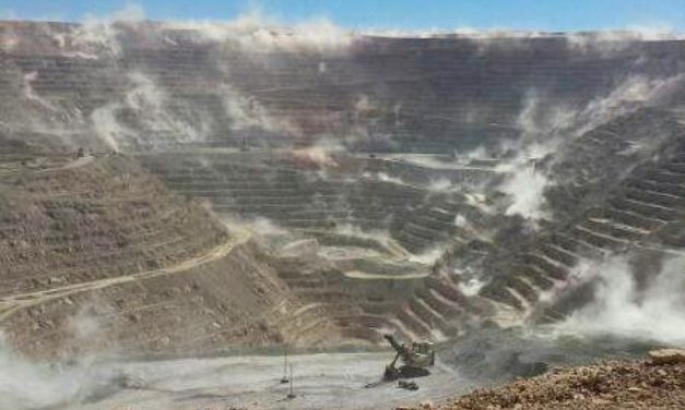Concesiones mineras alcanzan la mitad del territoriochileno