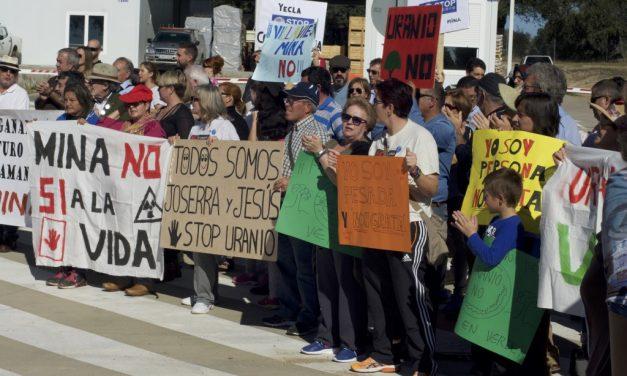 El Gobierno reconoce la ausencia de informes de impacto en la salud de la mina de Retortillo