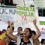 Hay 54 consultas populares pendientes contra minería y energía en Colombia
