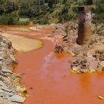 Junta construye presa para evitar más vertidostóxicos al río Odiel