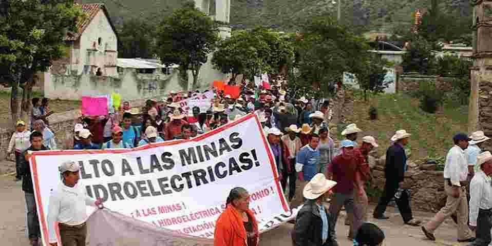 Habitantes de Puebla van a Canadá para frenar proyecto de minera Almaden Mineral