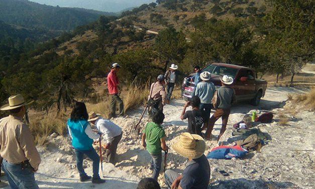 Empleados de minera canadiense amenazan a habitantes de la Sierra Norte de Puebla