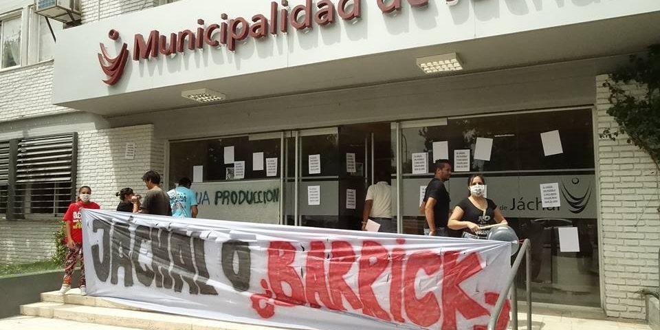 Barrick Gold pide anular juicio por los derramestóxicosen Argentina
