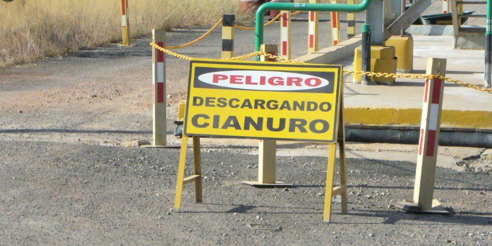 Europa avanza hacia la prohibición total del uso de cianuro en minería
