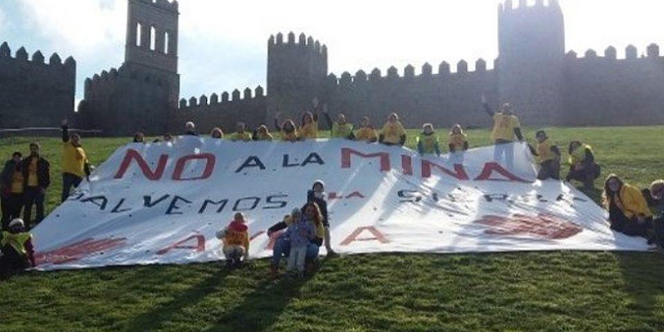 Las plataformas anti-mina exigen respuestas a la Junta de Castilla y León