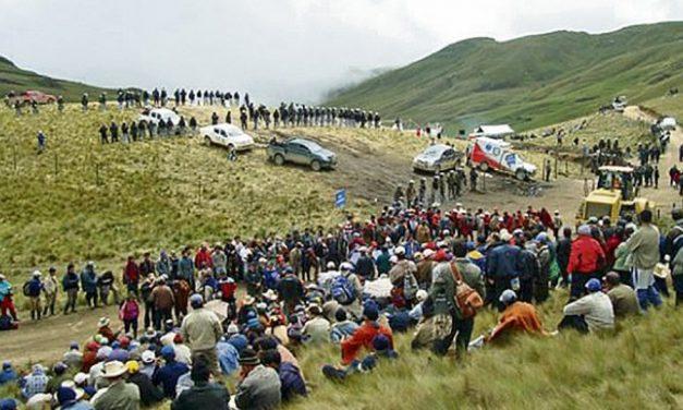Ronderos de Hualgayoc cuidan laguna en protesta contra la expansión minera