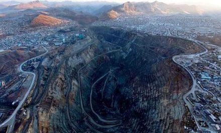 Una semana encadenados por los niños con plomo de la minería en Perú