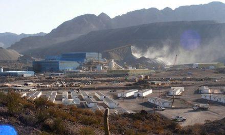 Minera La Alumbrera está operando y espera notificación de la suspensión