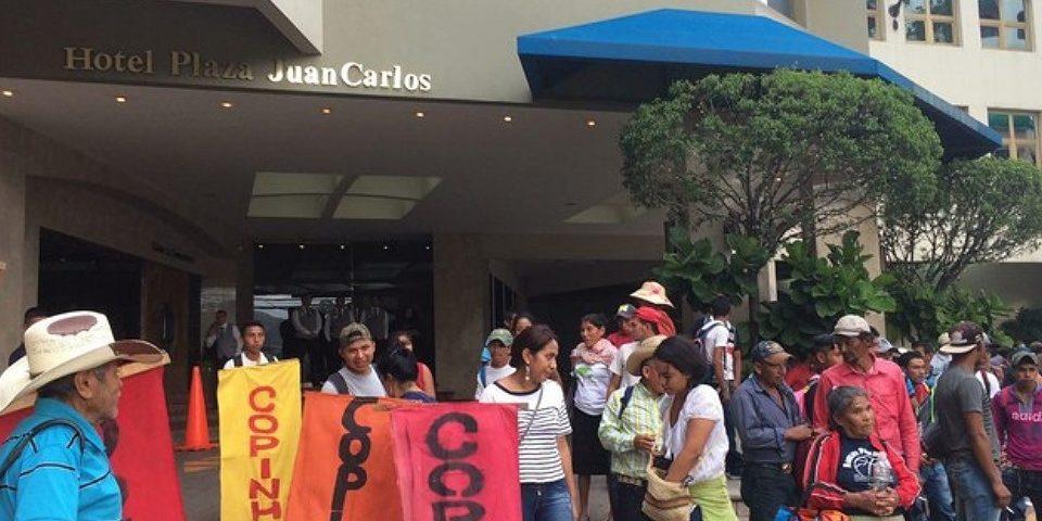 Protesta ante el III Congreso Internacional de Minería: ¡De arriba hasta abajo, la minería al carajo!