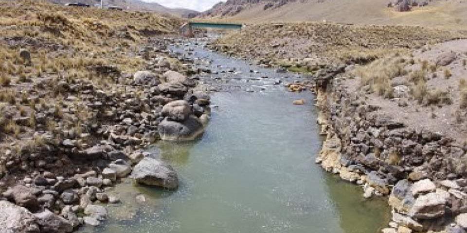 La minería que contaminó la cuenca Llallimayo